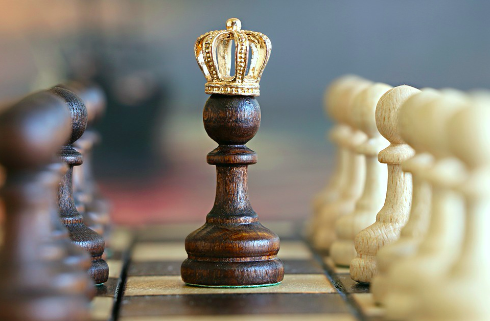 Believe in your book, never give up. Photo of a king in between two rows of pawns. Via Jennifer Margulis, Ph.D.