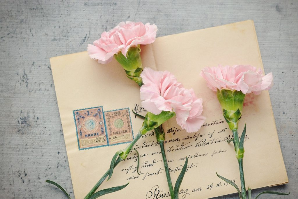 People appreciate it when you take the time to write them a letter. Writing to an author whose book you loved is an act of kindness. | Jennifer Margulis