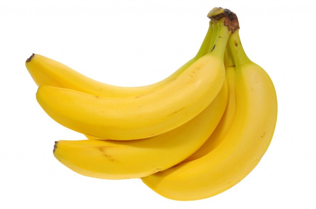 See this bunch of bananas? Just put it in your shopping cart. Do not get a plastic produce bag for it. You don't need one. But you do need to rid your life of plastic.
