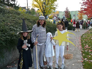 Halloween is so much fun but what's a thoughtful parent to do about all those pounds of Halloween candy? Here are some great tips from Jennifer Margulis.