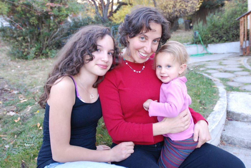 The AP is writing about vaccines. Pictured here: Science-forward writer and book author Jennifer Margulis, Ph.D., with two of her children. Photo courtesy of Jeff Barnard.