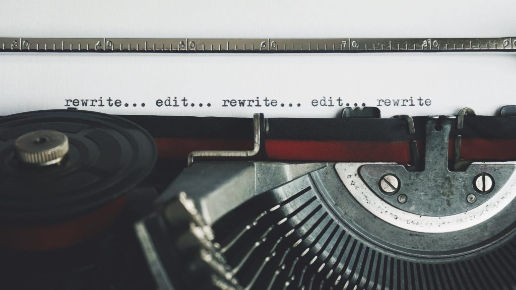 On professional editing or why I charge my friends for advice. Photo of a typewriter courtesy of Suzy Hazelwood via Pexels. | Jennifer Margulis, Ph.D.