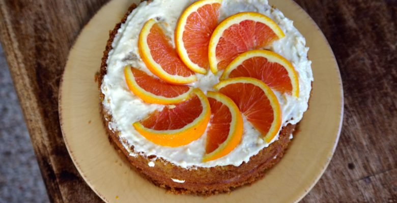 Delicious orange cake sweetened with agave, made with a whole orange