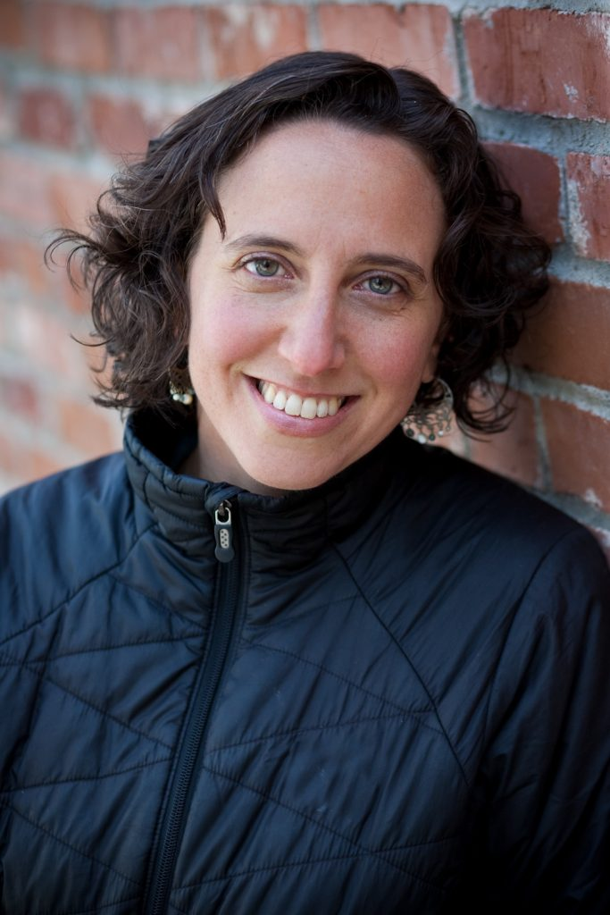 Biography of Jennifer Margulis, PhD, an award-winning science journalist and Fulbright grantee.