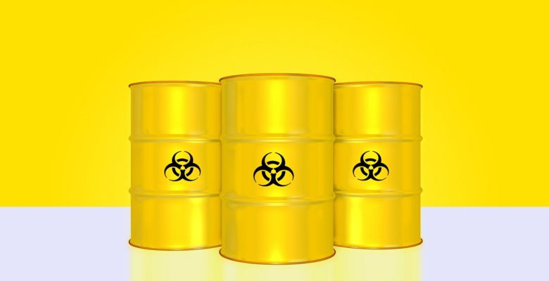 Aluminum is a highly problematic toxic vaccine ingredient. But most doctors aren't even aware that it's in vaccines. Via Jennifer Margulis, Ph.D. Photo of 3 yellow hazardous waste barrels courtesy of Pixabay.