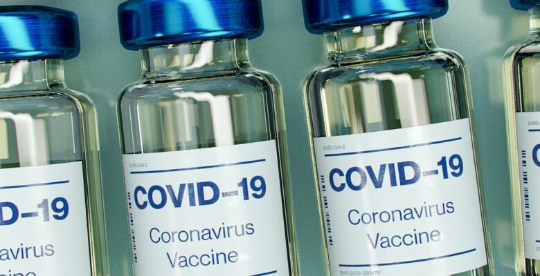 The COVID-19 vaccine choice, should you or shouldn't you? Photo by Daniel Schludi courtesy of Pixabay. | Jennifer Margulis